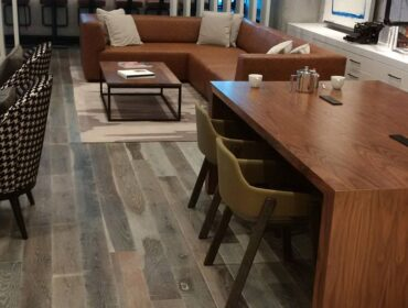 Comparing White and Red Oak Flooring